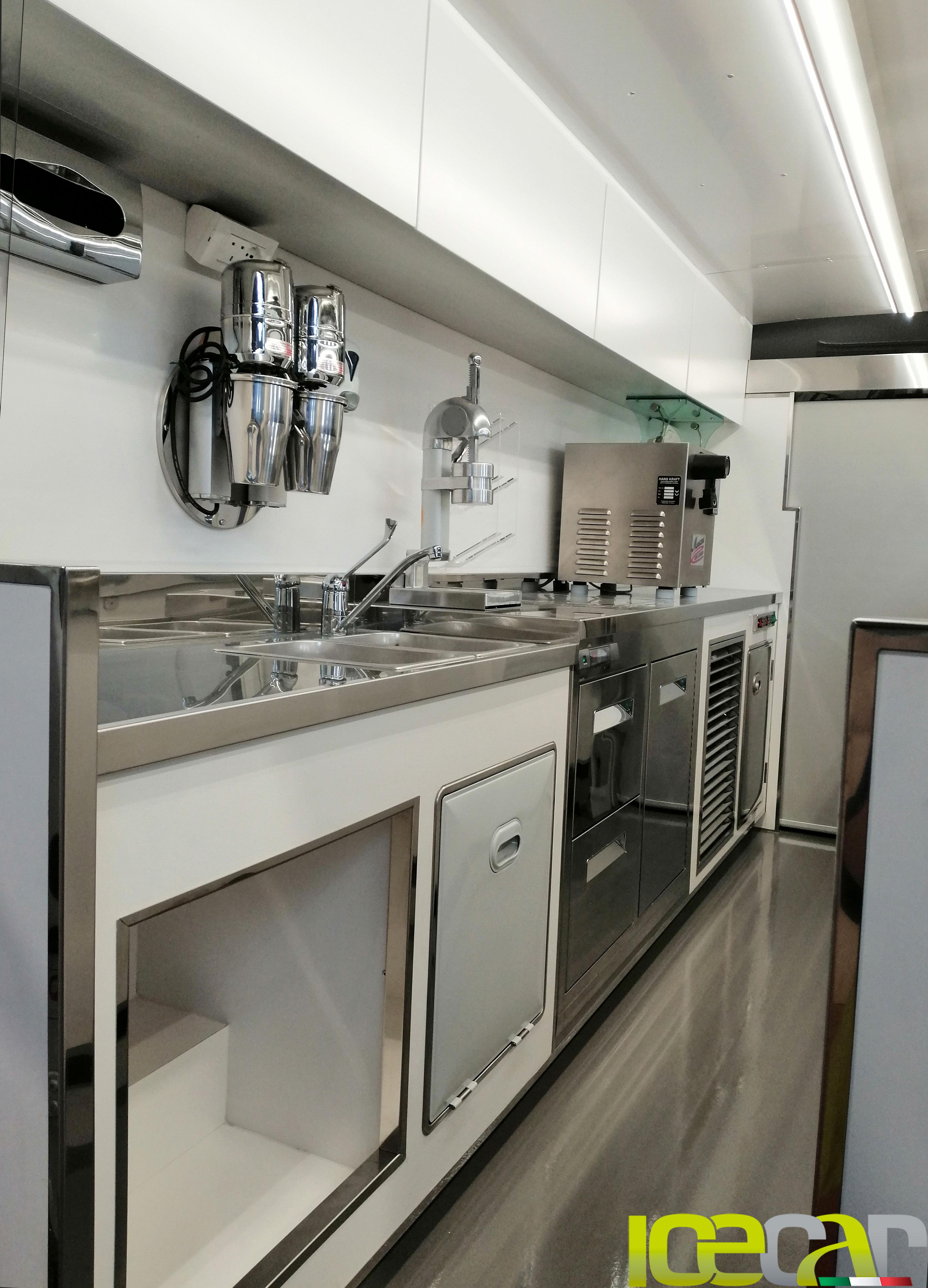 interni furgone gelati